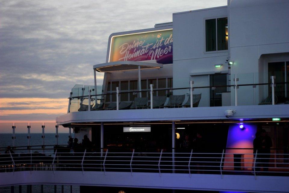 conny-doll lifestyle: Es geht weiter mit der Schiffsreise - meine Kreuzfahrt in Zahlen, Mein Schiff 1, TuiCruise, Kreuzfahrt, Seereise, Deine Heimat ist das Meer