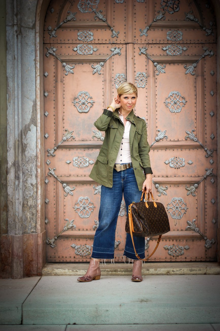 conny doll lifestyle: Herbstlook, Cowboyboots, cropped denim