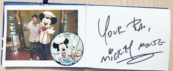 ノート型サイン帳ミッキー