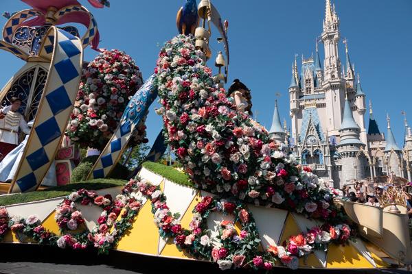 ディズニー・フェスティバル・オブ・ファンタジー・パレードのプリンセスガーデン