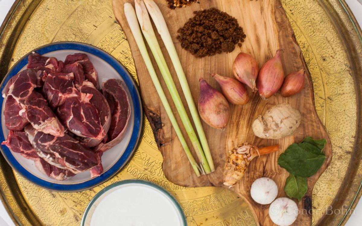 Beef rendang ingredients