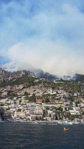 foto 3 - Incendi in Costiera Amalfitana - luglio 2017