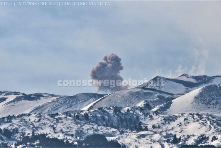 Esplosione al Cratere di SE dell'Etna avvenuta alle ore 10:34 locali di stamane.