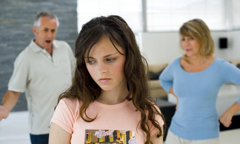 Hijos adolescentes que no escuchan a sus padres