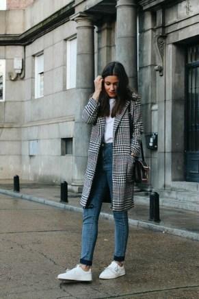 Checked coat, basic style