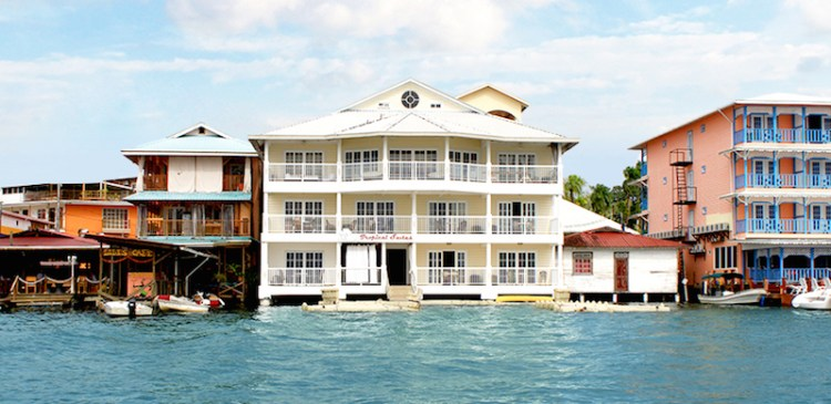 Tropical Suites Bocas del Toro