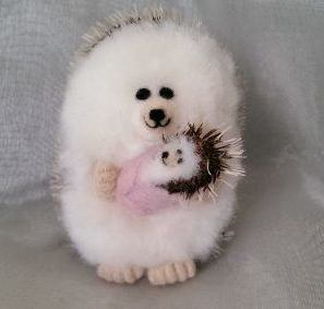 Needlefelt Miniature Hedgehog Mum and Hoglet - conscious crafties