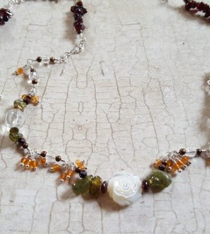 Garnet Carnelian shell flower necklace4