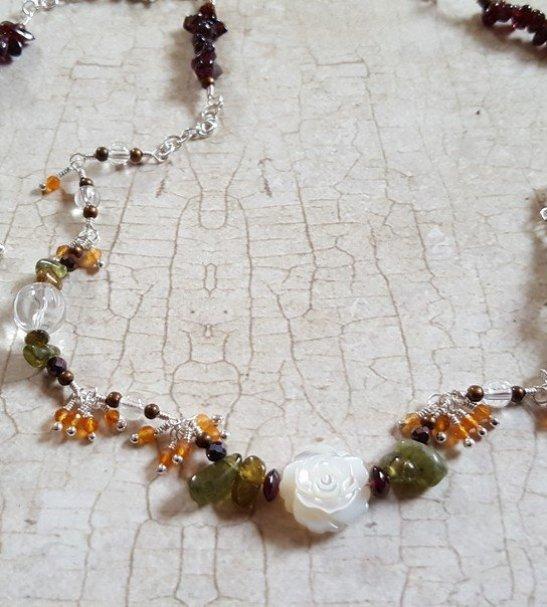 Garnet Carnelian shell flower necklace4