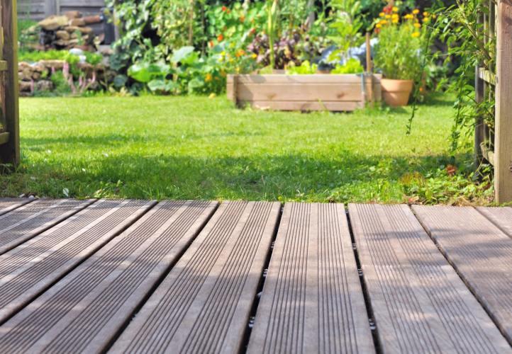 Conseil pour nettoyer les terrasses