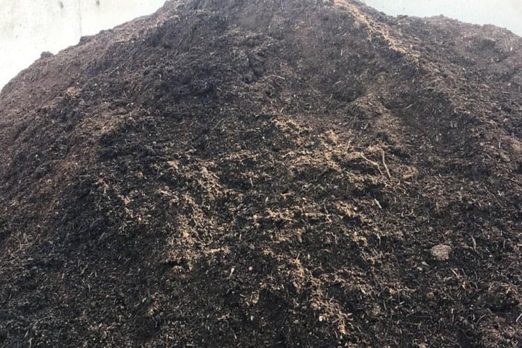 Vos 8 conseils jardinage à un débutant qui veut faire son compost