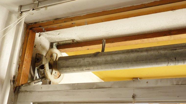 Reparer Une Lyre Couple Conique De Volet Roulant Avec Ressort Dans L Axe