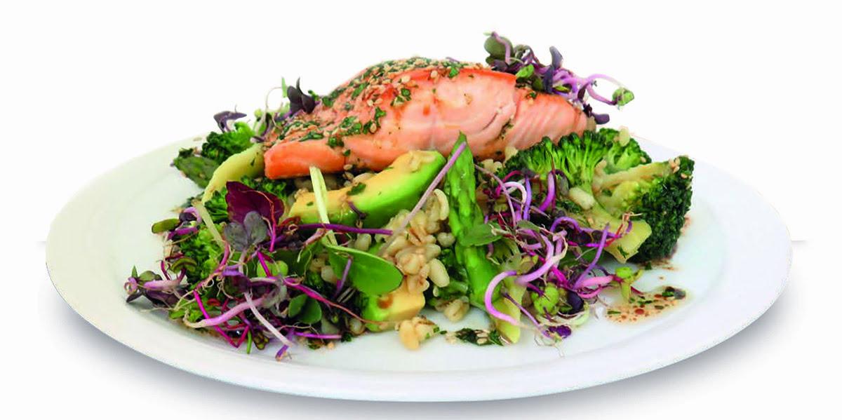 Suprema de salmón con verduras