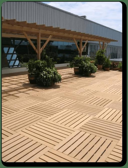 losetas de madera para jardin