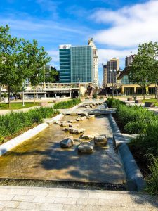 Smale Riverfront Park Fountains : Riverplay