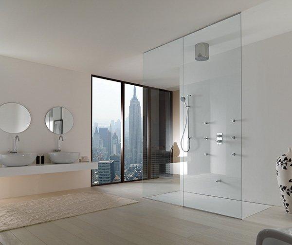 douche ouverte sur la salle de bain