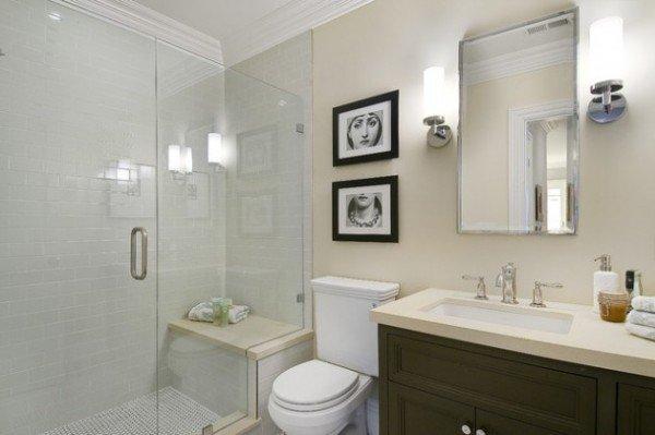 siège en marbre dans la douche