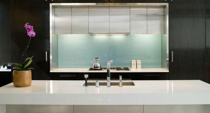 3 types d'éviers pour les plans de travail de cuisine