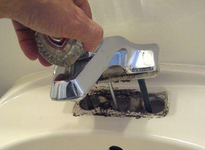 démonter tête de robinet