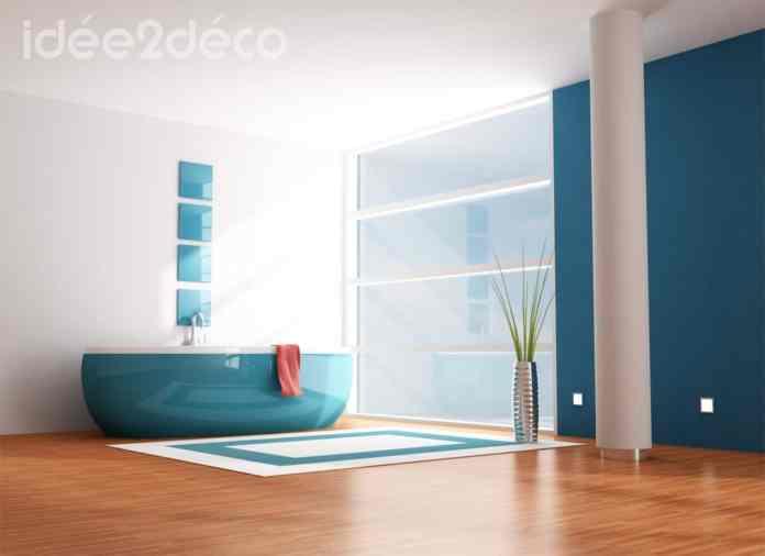 Design de salle de bain bleue canard