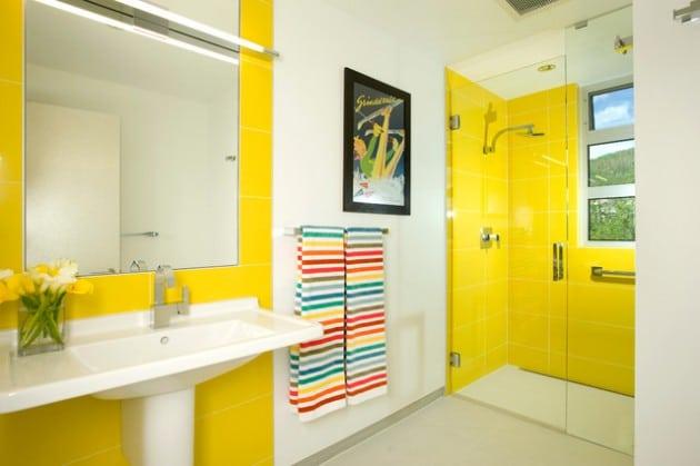 tons-jaunes-pour-cette-salle-de-bain