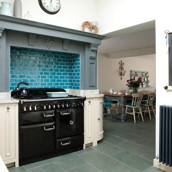 mosaique-bleu-dans-la-cuisine