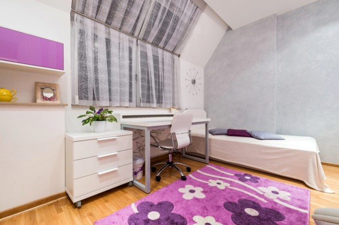 chambre-ado-fille-shutterstock_249886066