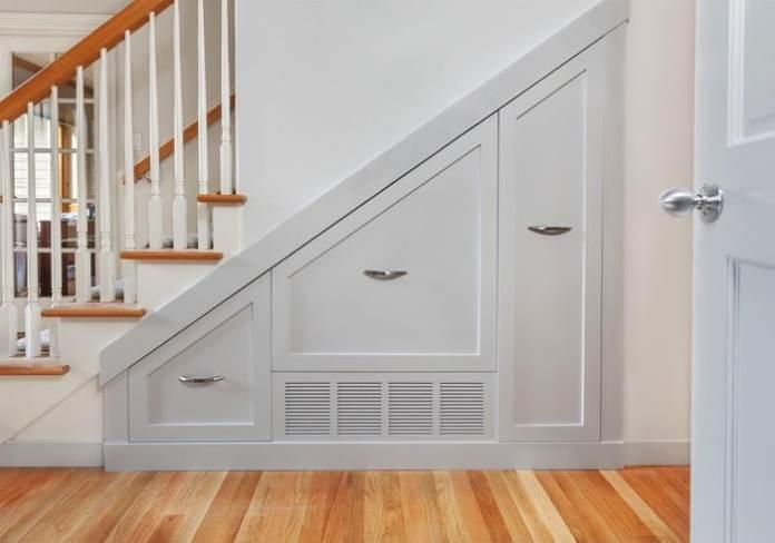 espace-vide-sous-escalier-jo-ann-snover-782