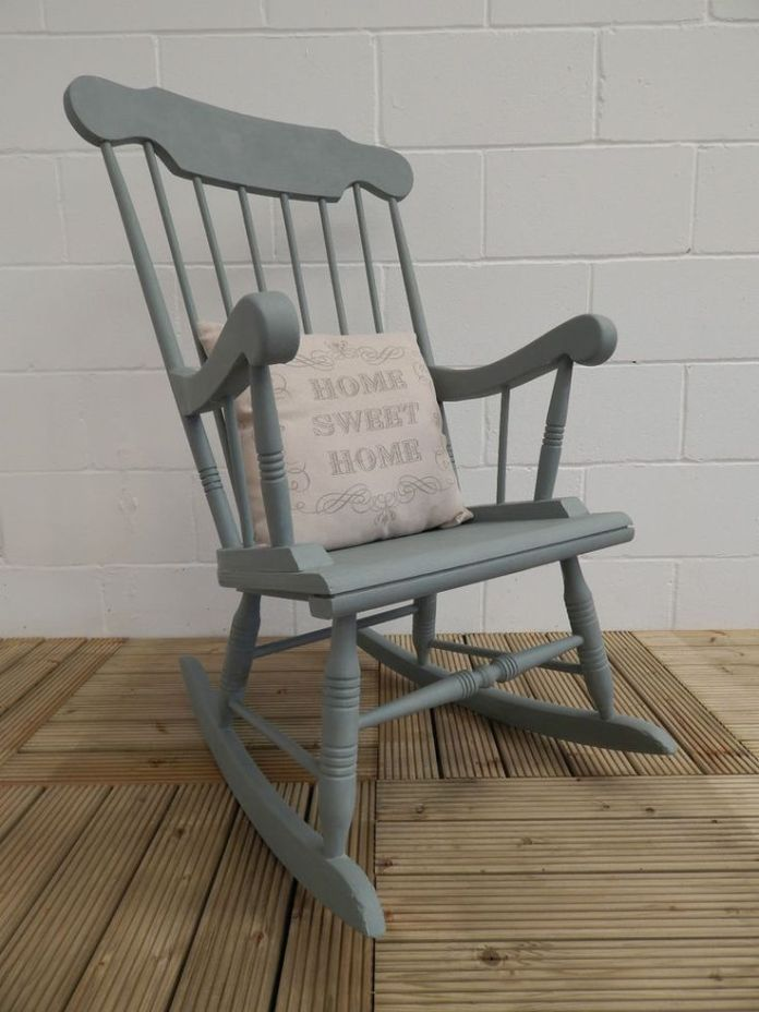 conseils pour repeindre une chaise en bois de n'importe quelle couleur