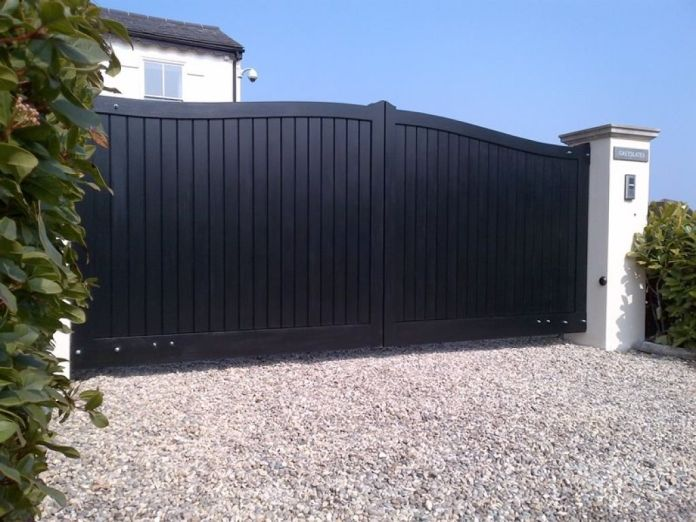 repeindre un portail en alu noir