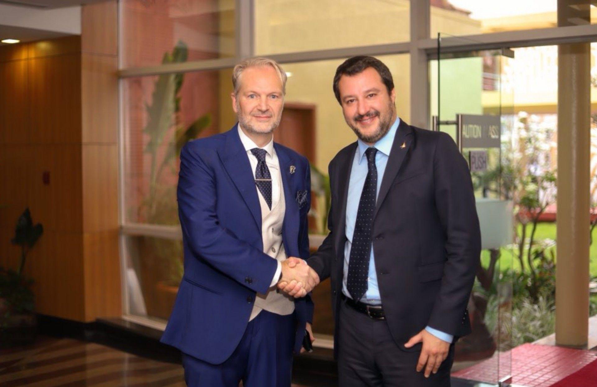 Il Console Taricone con il ministro Salvini