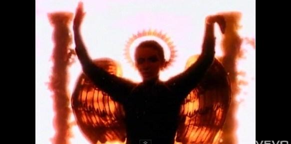 Annie Lennox Pillars