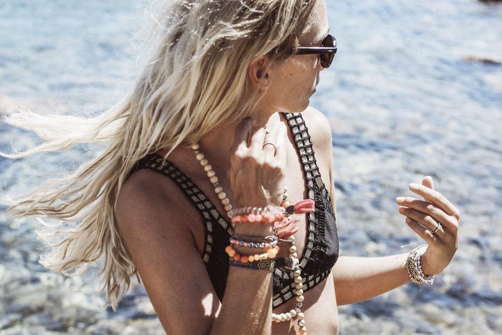 CK-1606_Sardinien-Sardegna-Sardinia-Italy-Italia-Fashion-Blog-Beach-Caribbean-Dress-Blonde-Karin-Kaswurm-Bikini-Kiini-9232