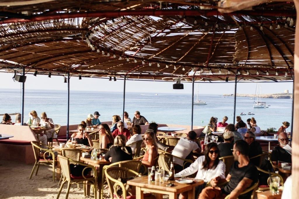 CK1605_Constantly-Restaurant-Bar-Sunset-Ashram-Ibiza-Spain-8392