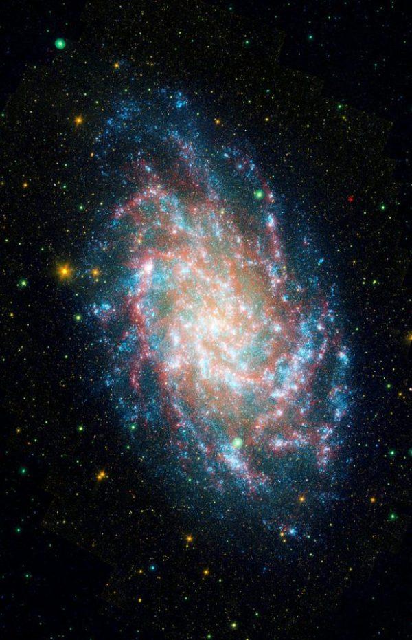 Triangulum Galaxy – Messier 33 | Constellation Guide