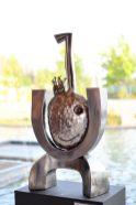 """""""El rey"""", escultura en fierro reciclado. 82x41x21. 2012"""