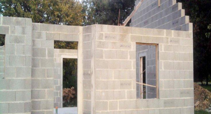 mur-en-bloc-beton