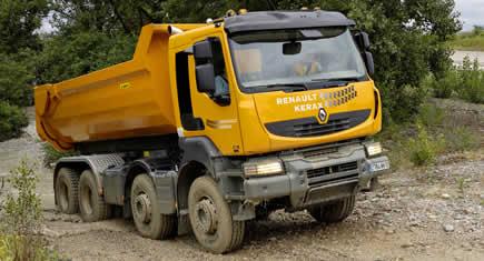 Renault Trucks : Kerax 8x8 - Construction Cayola