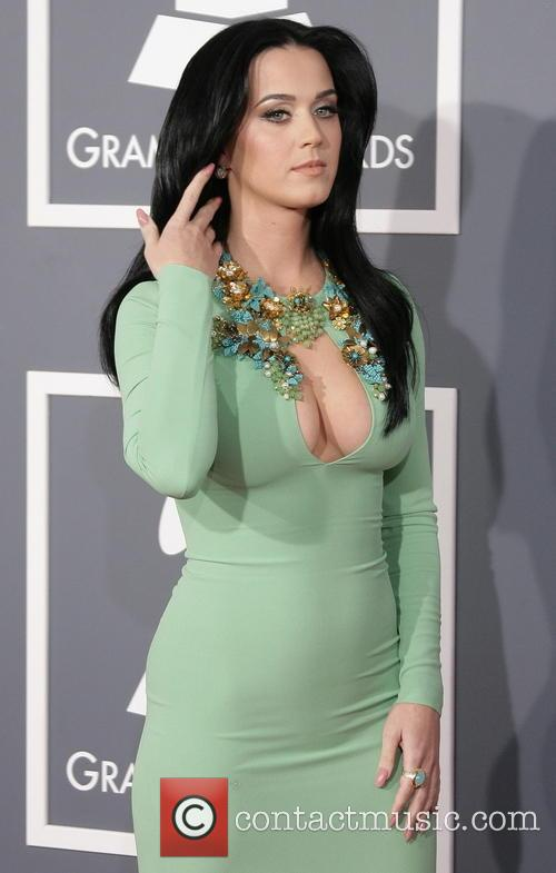 Katy Perry Ring NOT An Engagement Ring Despite Rumors