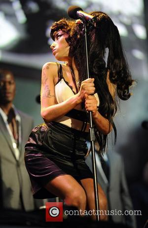Amy Winehouse at Mandela Concert