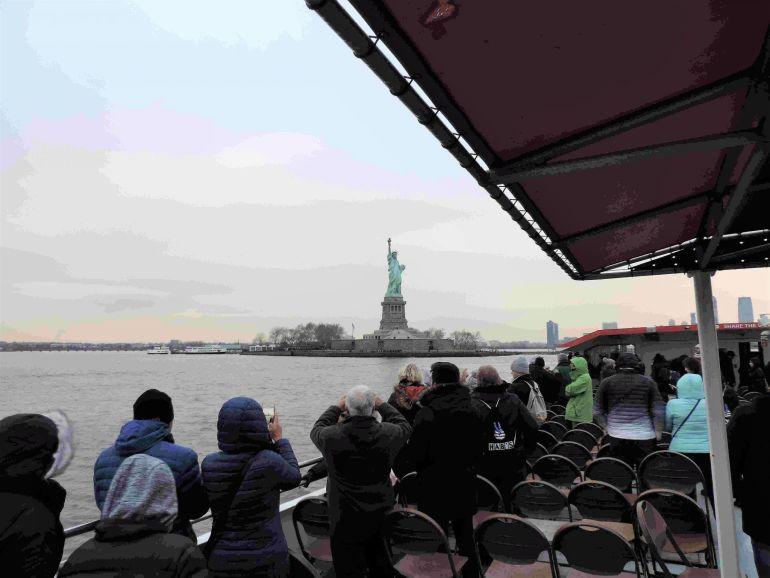 Estatua de la Libertad dese el crucero Circle Line