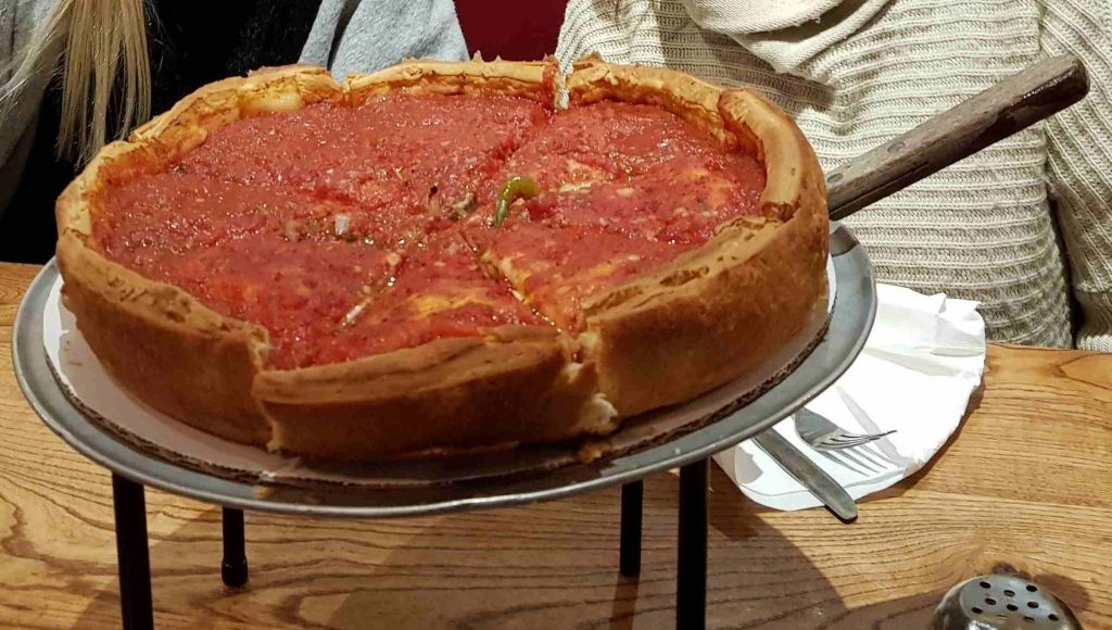 Pizza Estilo Chicago en Giordano's