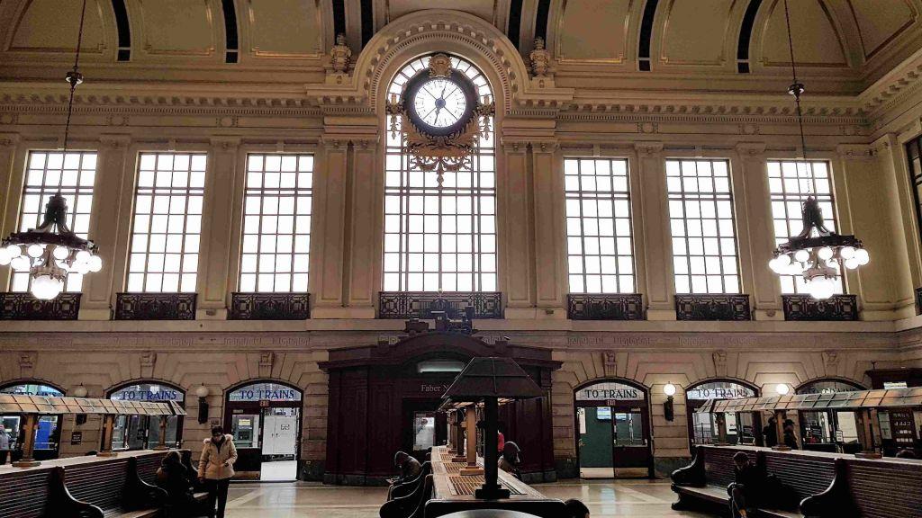Hall Central de la estación Terminal Hoboken