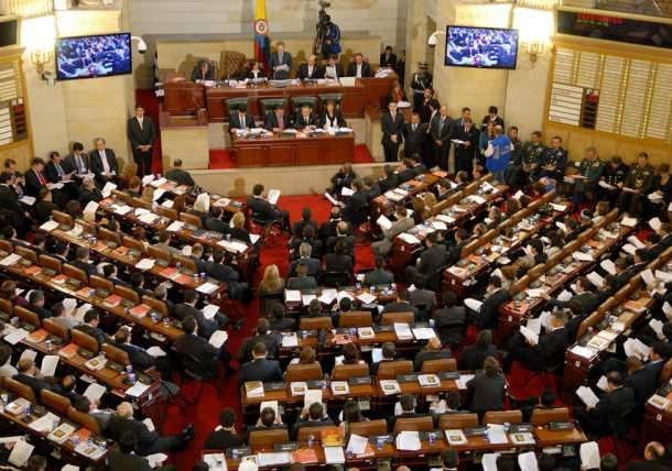 Colombia por debajo el promedio mundial y regional en paridad política