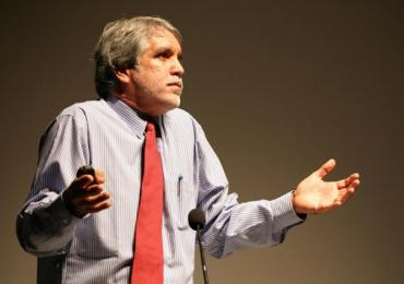 Peñalosa tendrá que responder sobre venta de ETB en Cabildo Abierto