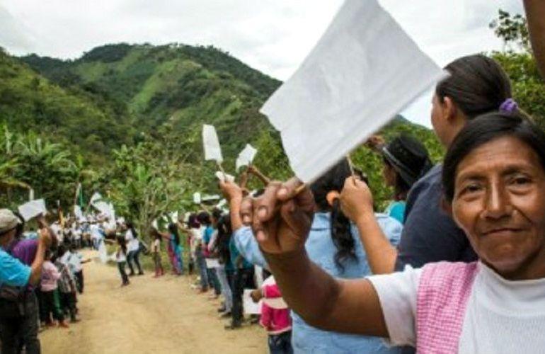 Alcaldes y gobernadores respaldan el carácter humanitario de los acuerdos de paz
