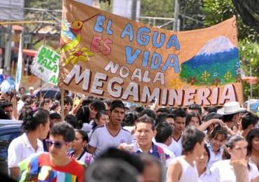 En Tolima, Quindío y Caquetá el agua se defiende en carnaval