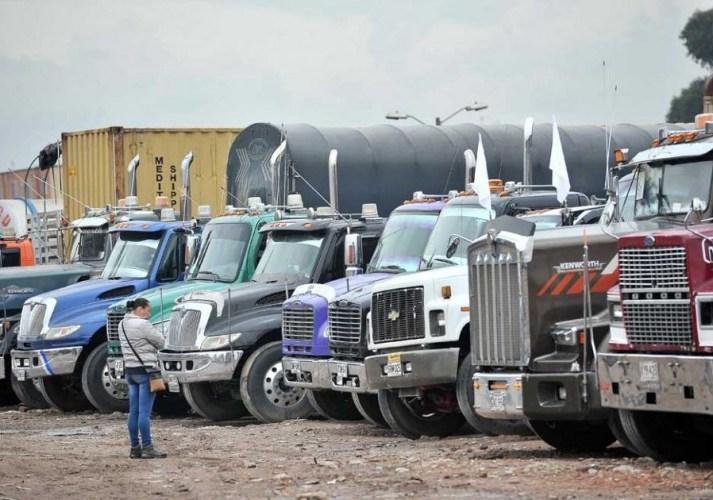 Camioneros de Colombia se unen a Minga Nacional