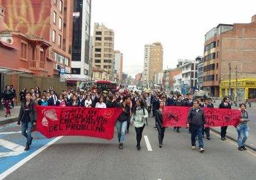 Estudiantes del SENA se movilizan en contra de Reforma Tributaria
