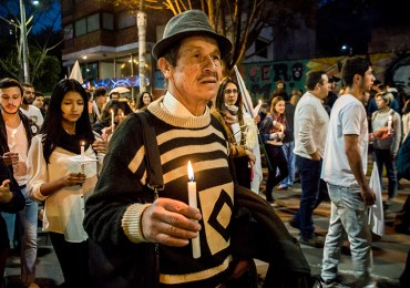 La paz es de los de a pie, ni de Santos, ni de Uribe